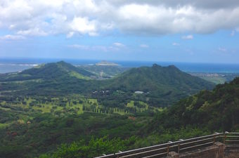 Beyond the Honolulu attractions on Oahu is the Pali Highway. Take a day to see historic Royal Mausoleum, Queen Emma's home, and the Nu'uanu Pali lookout.