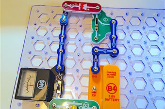 Snap Circuits Green has over 100 activities for learning about renewable energy. Includes solar, wind, water, motor, radio, LED lights, and radio.