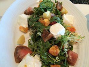 c-restaurant-salad