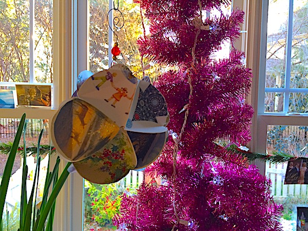 Paper ball ornament – Christmas card icosahedron
