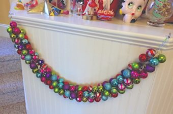 How to make a Christmas garland with plastic ornaments. DIY Christmas swag to add to your Christmas crafts and family activities.