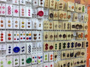 button-bracelet-store