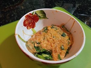 Cheesy spinach with zoodles low carb Italian flavor is a tasty healthy dinner. Lots of cheese for protein and marinara sauce for tang. Lean and green included.